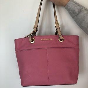 Micheal Kors pink purse
